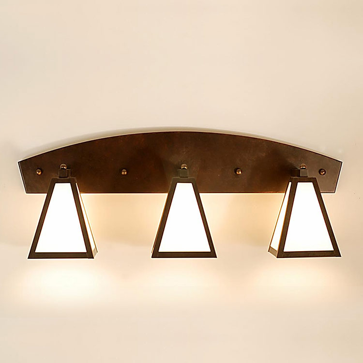 Wall Sconce B14