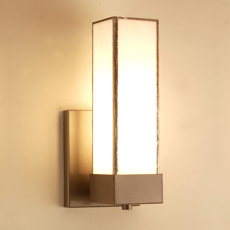 Wall Sconce B16